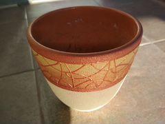 Керамический горшок для растения бежево-коричневый