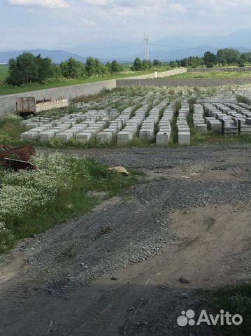 bd21d67884ab Бетонные блоки 2-х кубовые купить в Северной Осетии на Avito ...