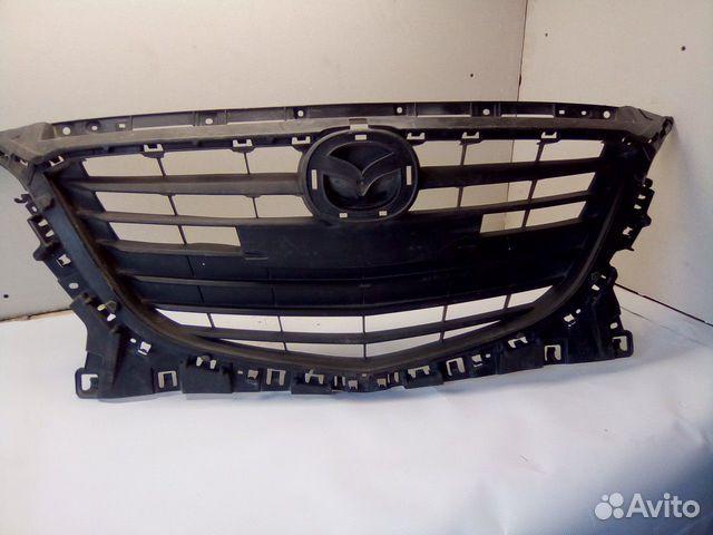 89657347629  Решетка радиатора (Mazda 3)