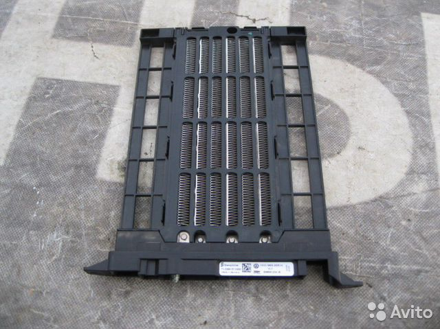 Фольксваген Гольф 6 Радиатор отопителя электрическ