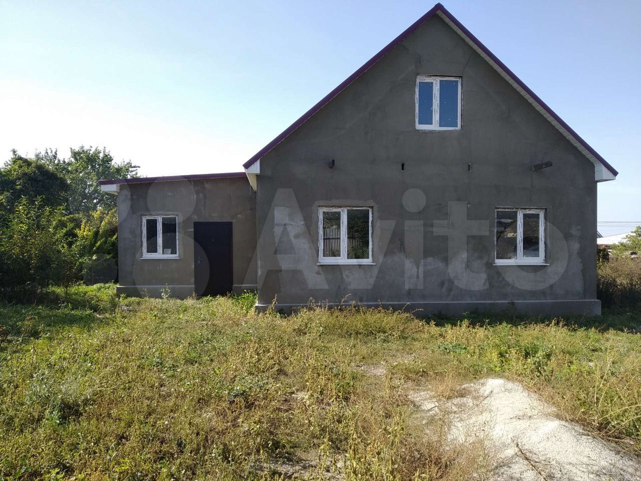House of 80 m2 on a plot of 3 cells.  89782286836 buy 1