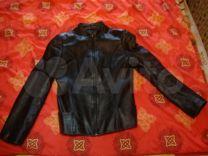 Осенняя легкая куртка натур. кожа. S