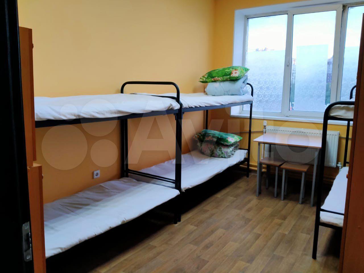 9-к, 2/2 эт. в Санкт-Петербурге> Комната 20 м² в > 9-к, 2/2 эт.